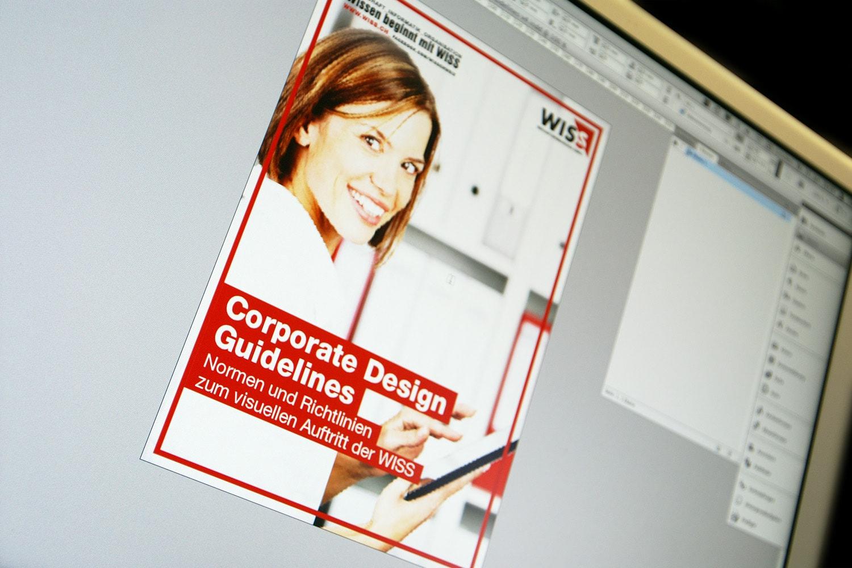 Wirtschaftsinformatikschule Schweiz WISS: Corporate-Design-Manual