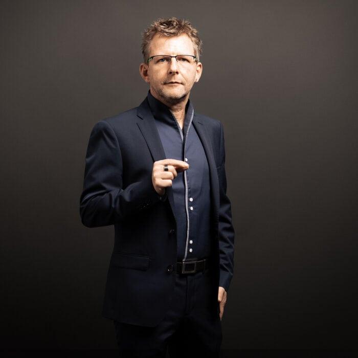 Dr. Jörg Rothweiler